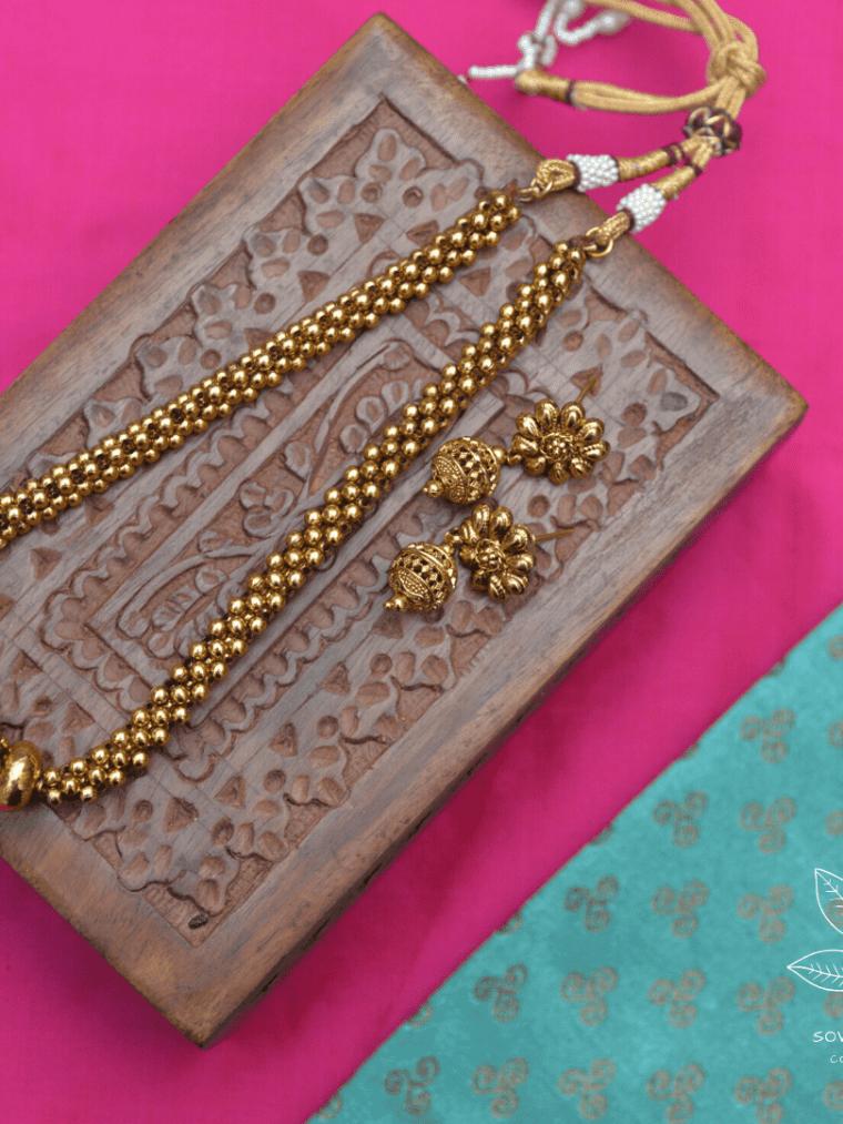 Kholapuri Gold Beads Short Necklace-01