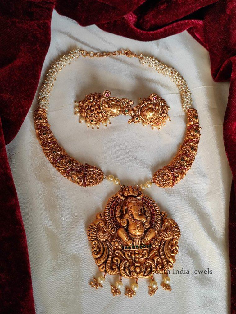 Matte Finish Ganesh Pendant Haram (3)