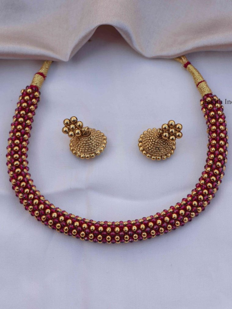 Pretty Ruby Crystal Choker (2)