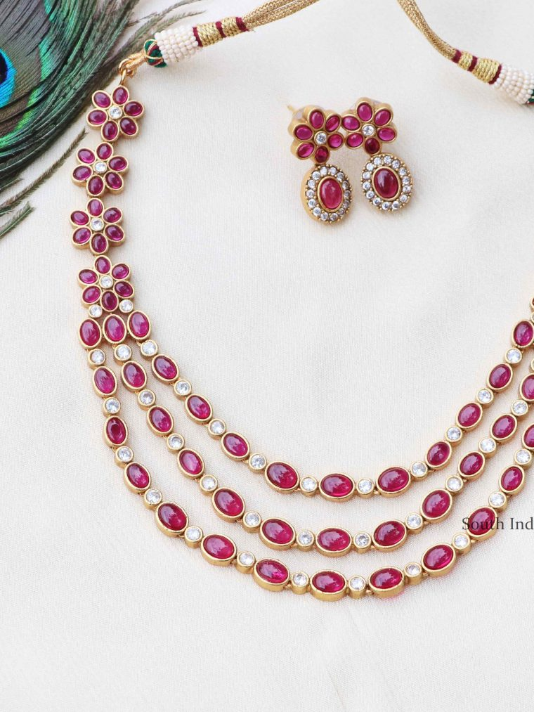 Pretty Three Layered Floral Necklace (2)