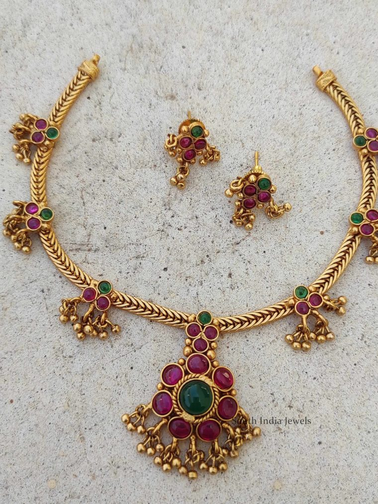 Traditional Pink & Green Stone Attigai Necklace