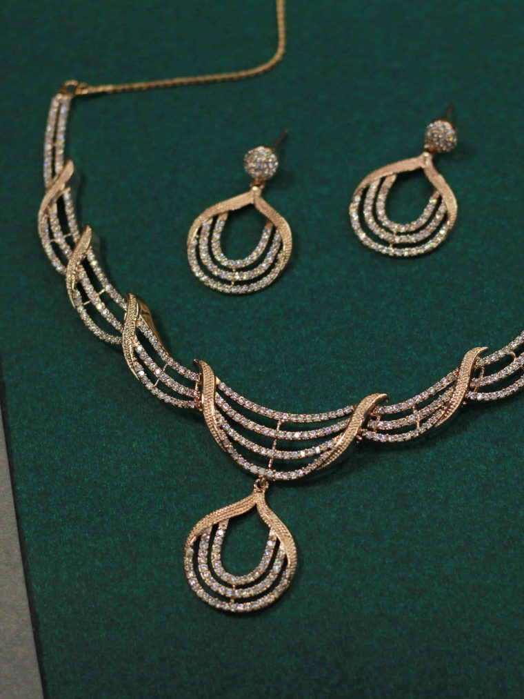 Traditional Rose Gold Necklace