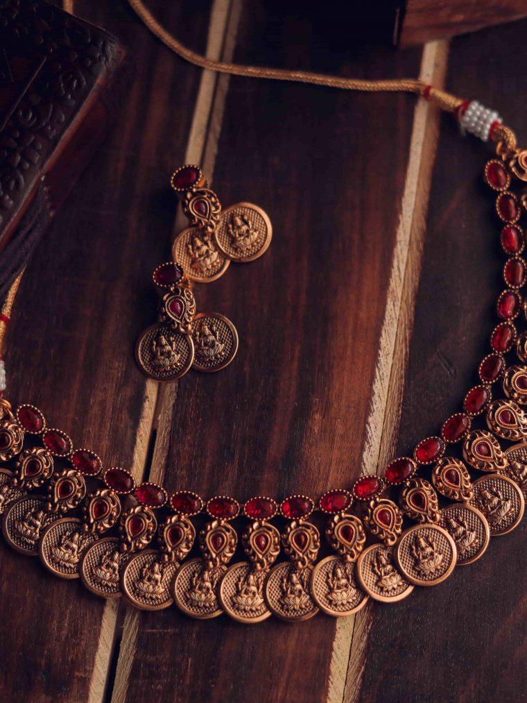 Beautiful Kemp Stone Temple Necklace