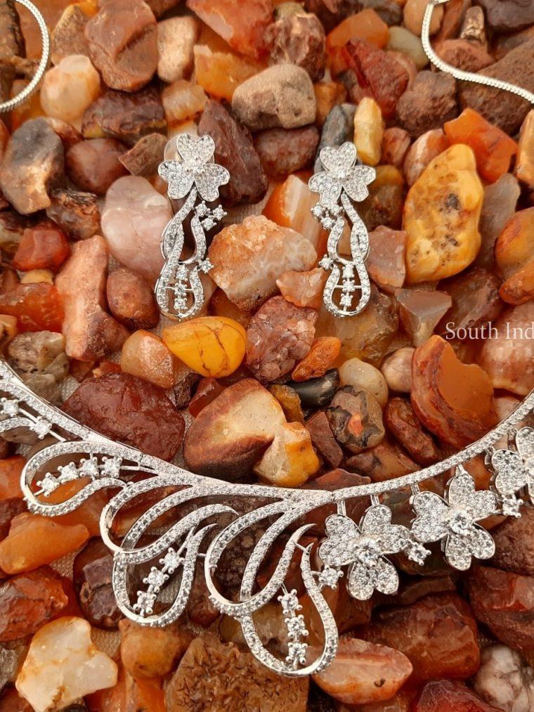 Beautiful Platinum Finish CZ Stone Necklace