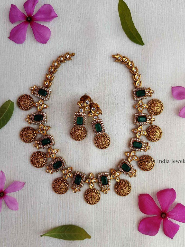 Classic Emerald Ramparivar Choker