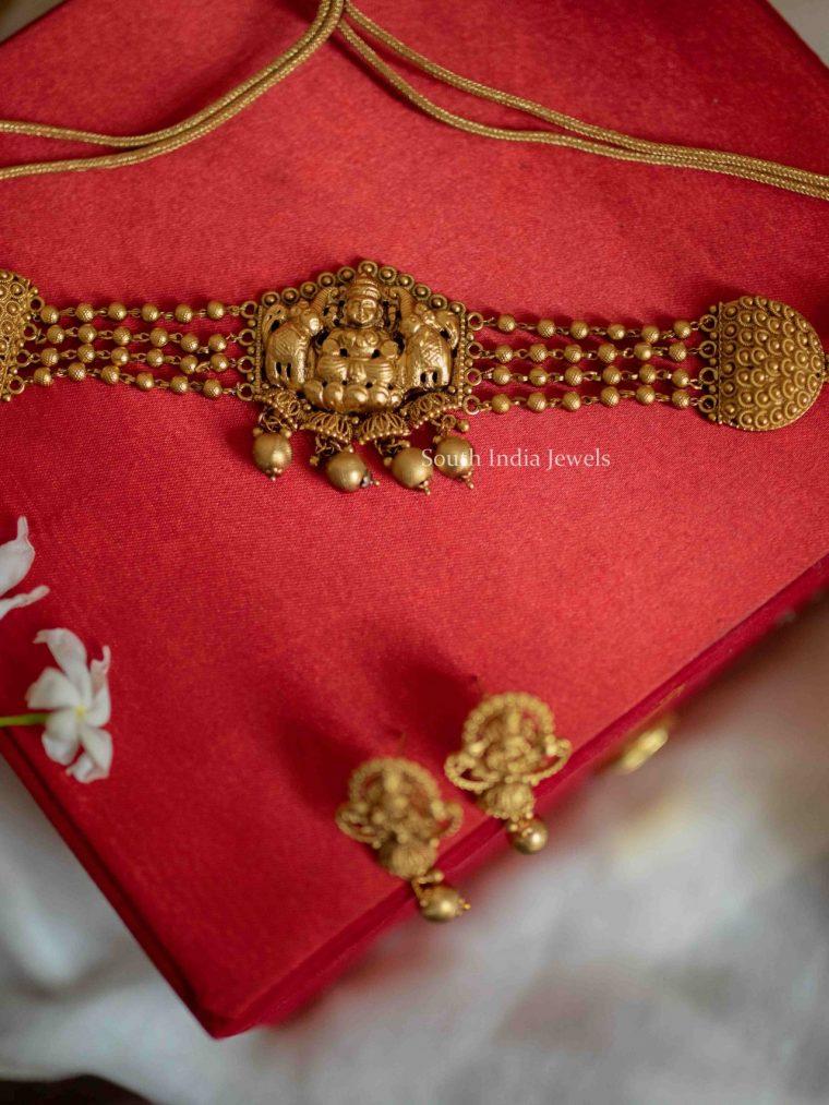 Elegant Gajalakshmi Matte Choker (4)