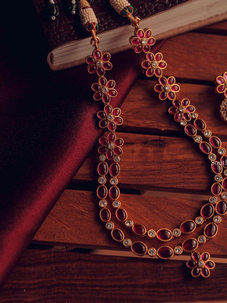 Elegant White Stone and Ruby Necklace (2)