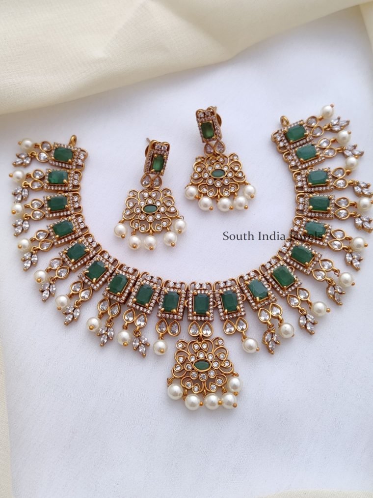 Grand AD Green Necklace
