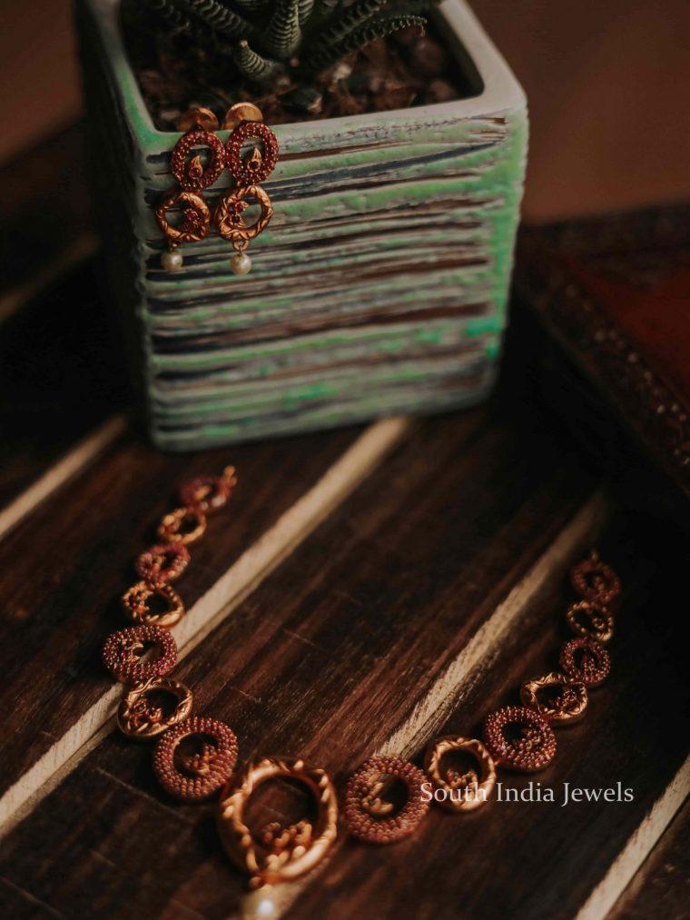 Trendy Asymmetric Circle Necklace