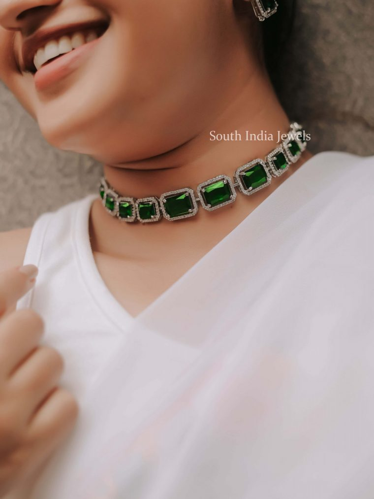 Unique Party Wear Emerald Necklace