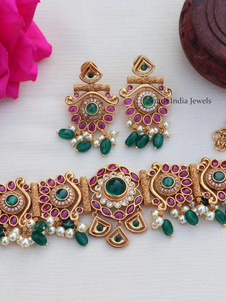 Beautiful Multi Stone with Emerald Hanging Choker
