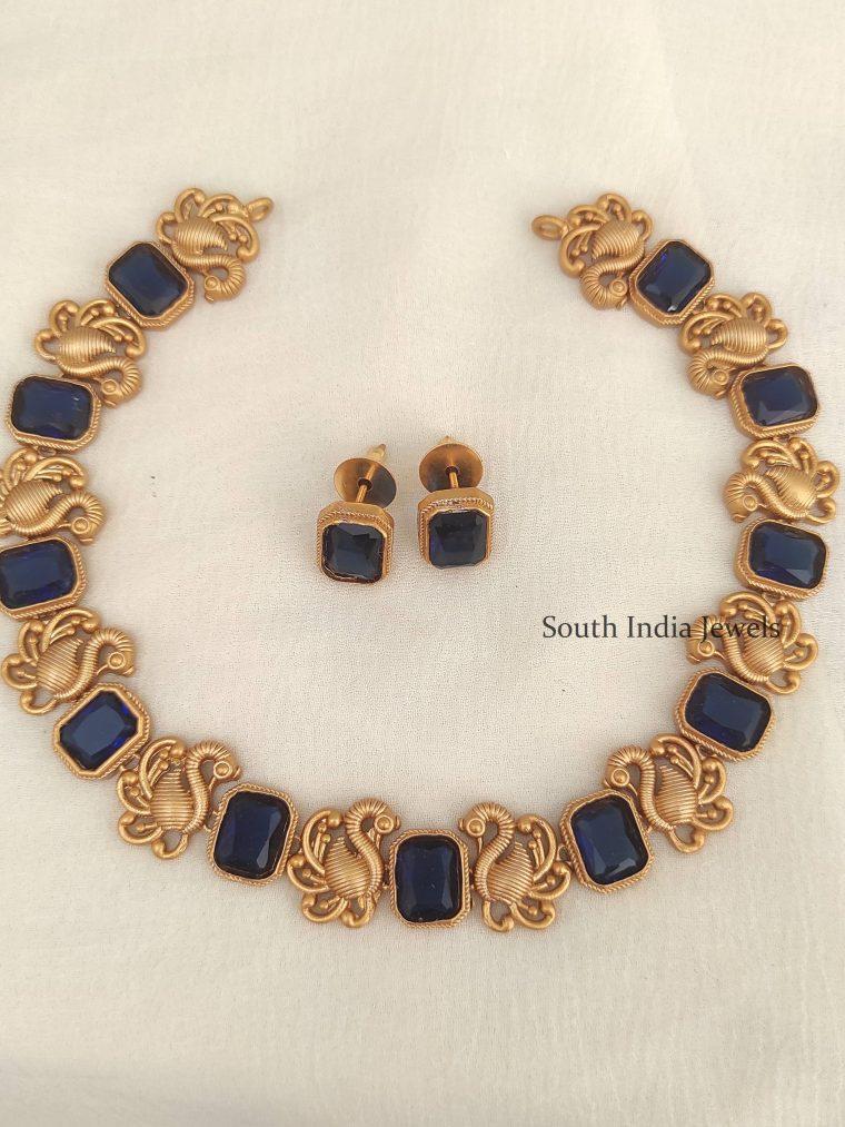 Pretty Bird Design Necklace