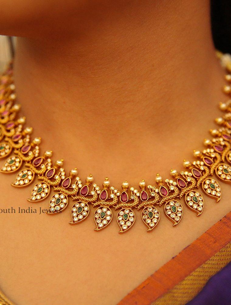 Pretty Mango Design Necklace
