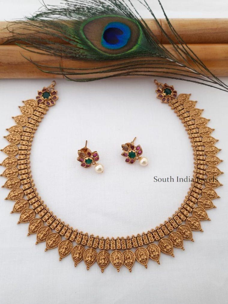 Trendy Matte Finish Lakshmi Necklace