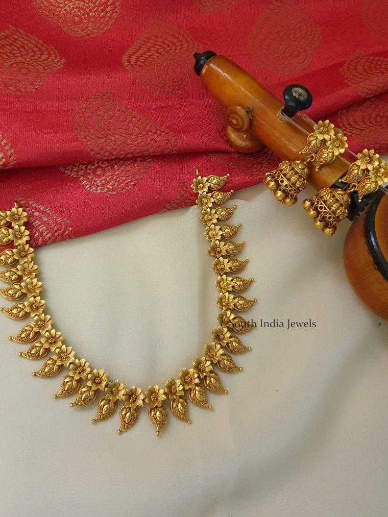 Amazing Mango Design Necklace
