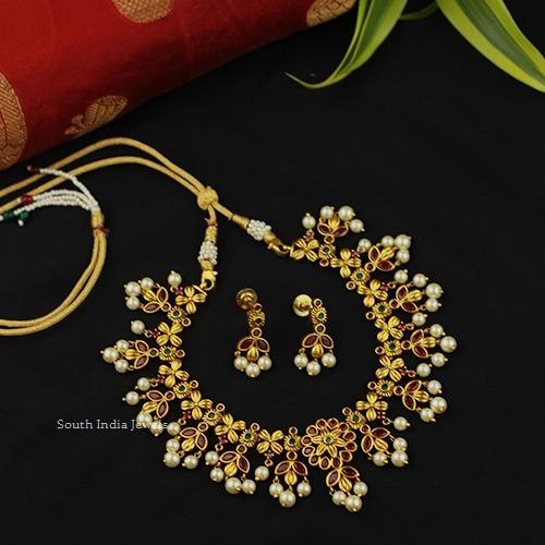 Antique Simple Pearl Necklace