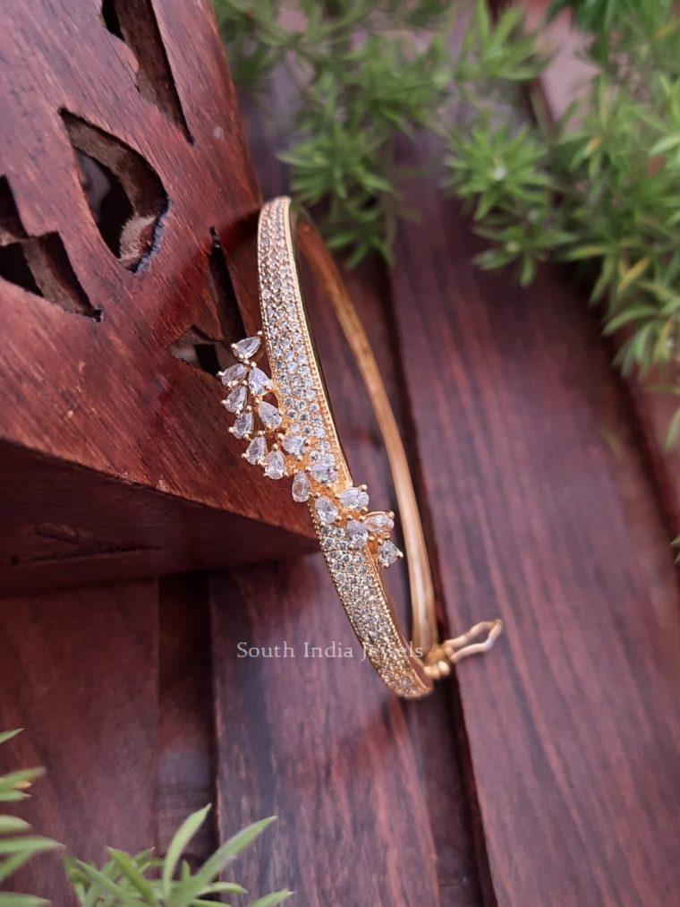 Elegant CZ Stone Openable Bracelet