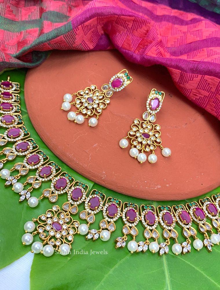 Elegant Floral Design Necklace (2)