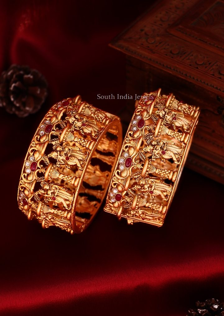 Elegant Radha Krishna Bangle Set