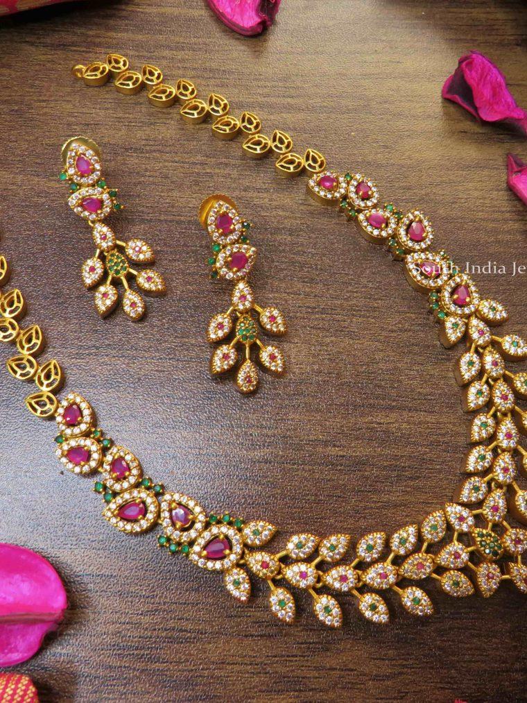 Elegant Stone Necklace Set