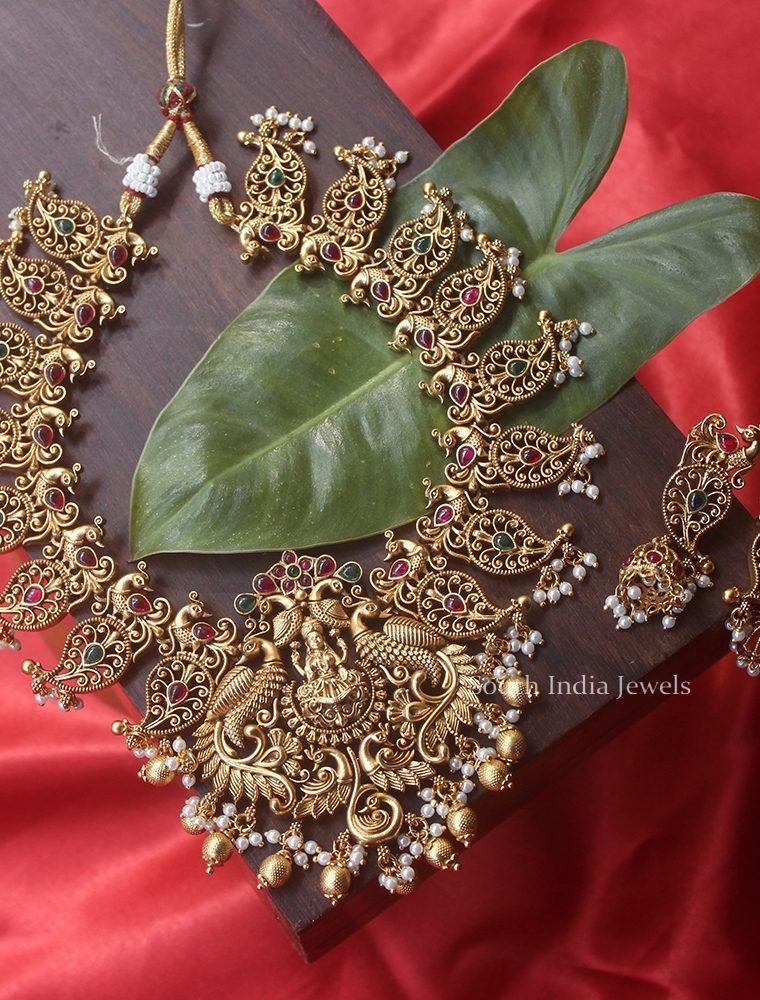 Grand Mango Design Necklace