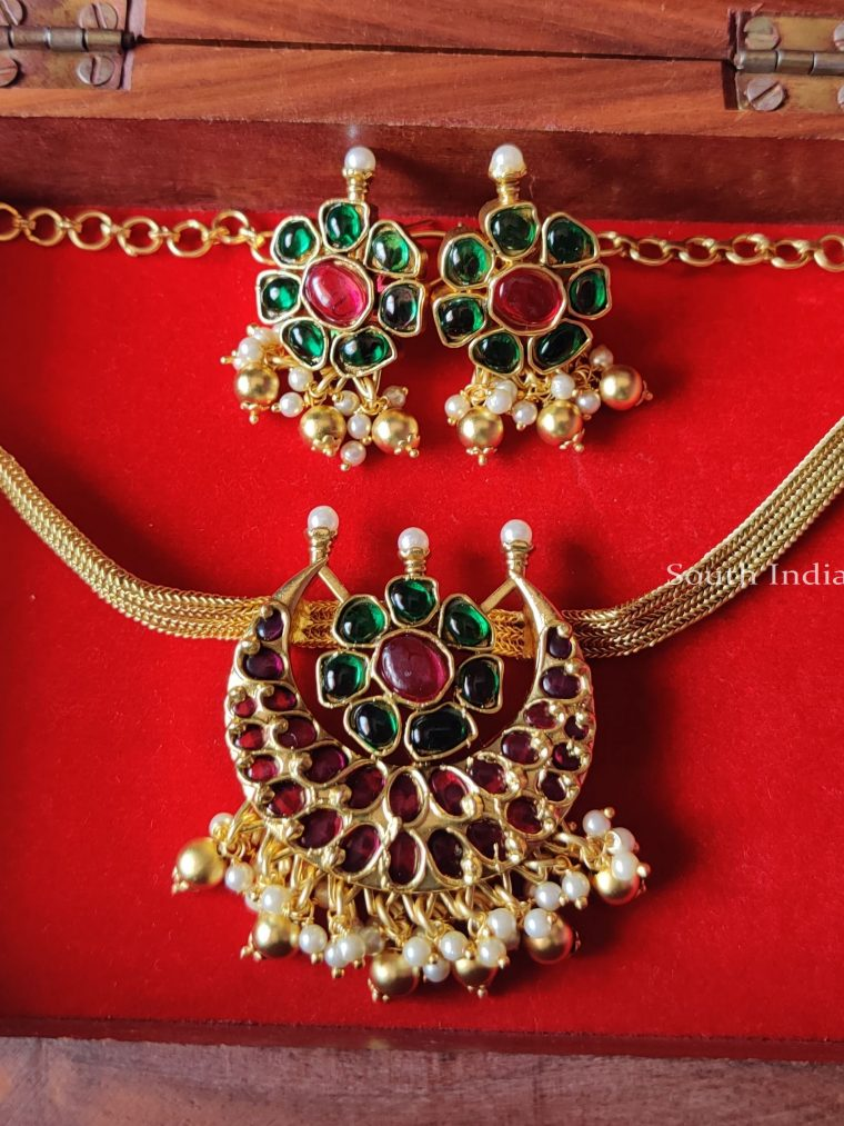 Traditional Green Ruby Choker