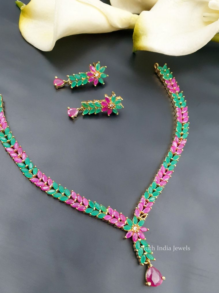 Traditional Leaf Design Necklace (5)