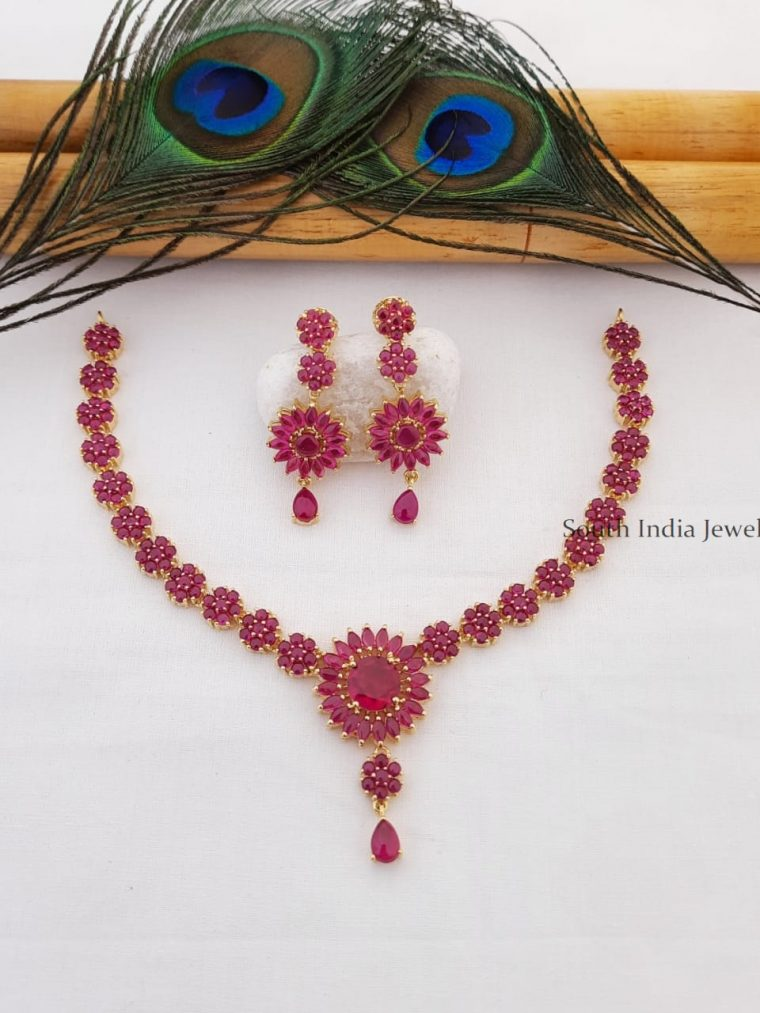 Traditional Real Kemp Flower Design Necklace