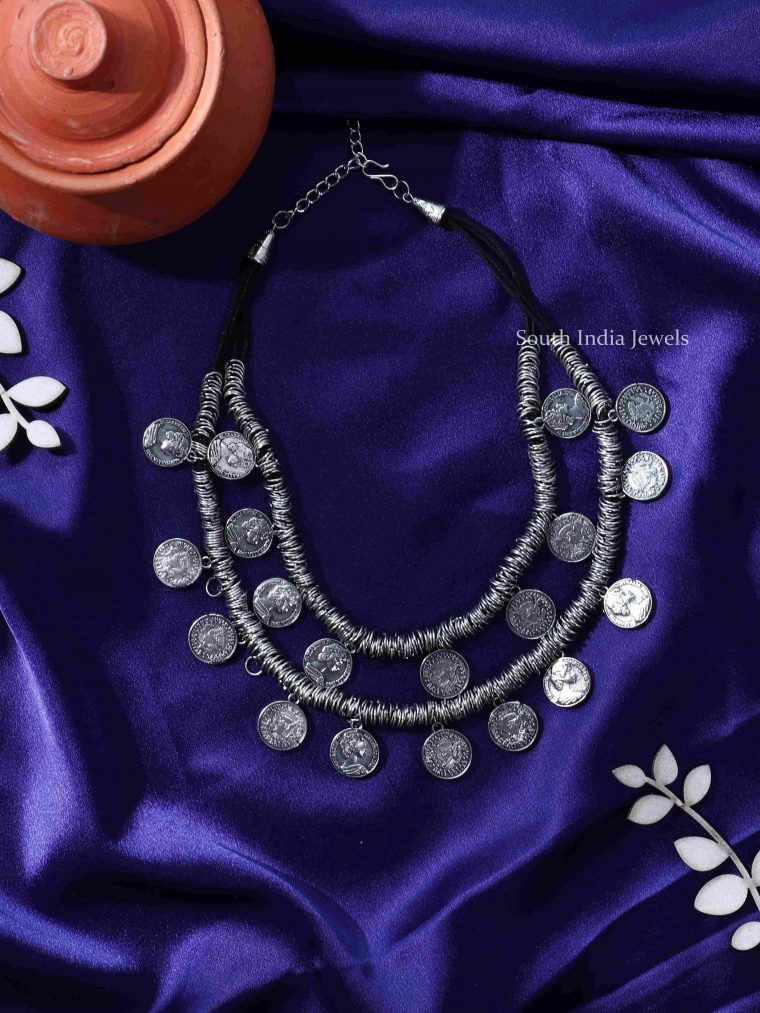 Trendy Layered Queen Elizabeth Coin Choker
