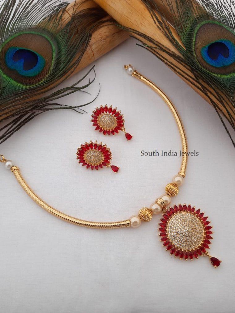 Unique Gold Tone Pipe Necklace