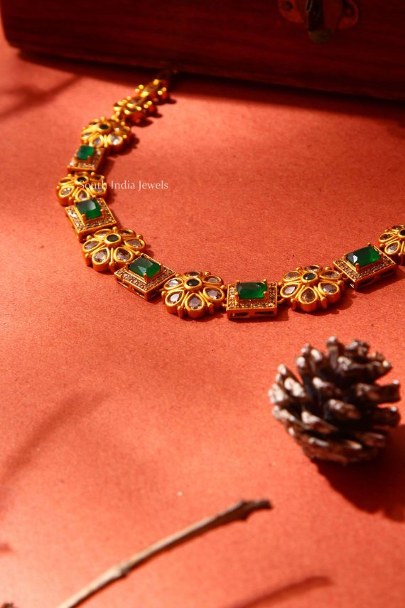 Beautiful Floral Green Stone Necklace (3)