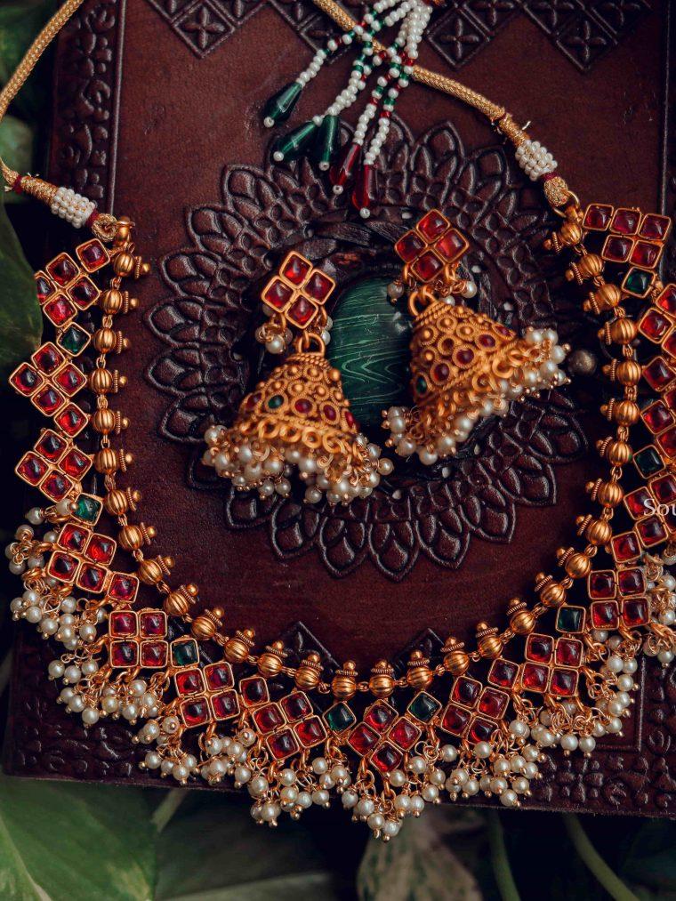 Elegant Kempstone Guttapusalu Necklace