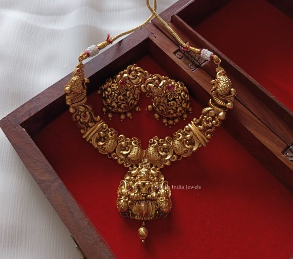 Elegant Lakshmi & Peacock Design Necklace (3)