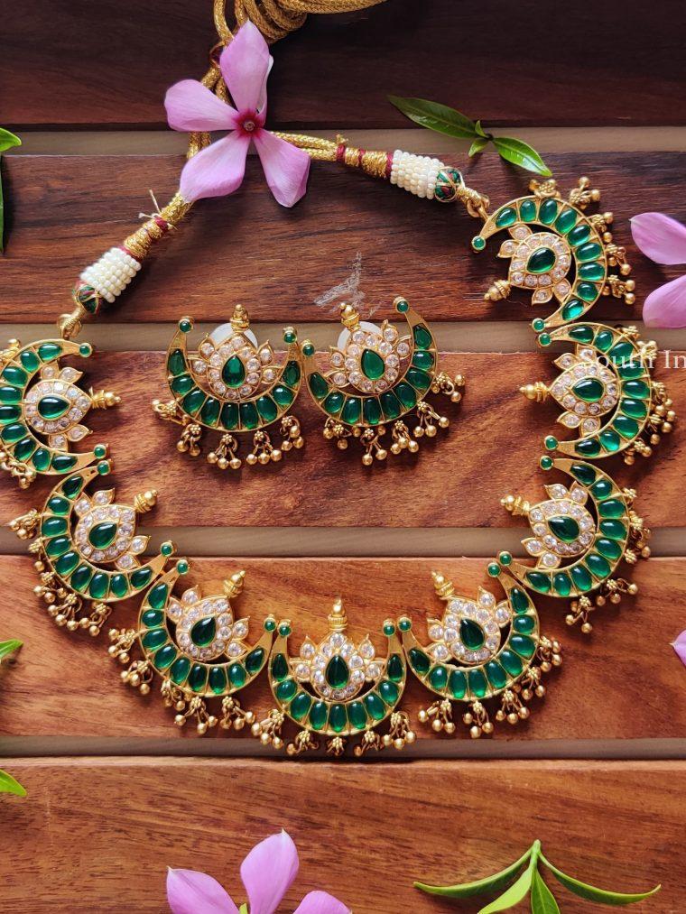 Gorgeous Half Moon Design Necklace
