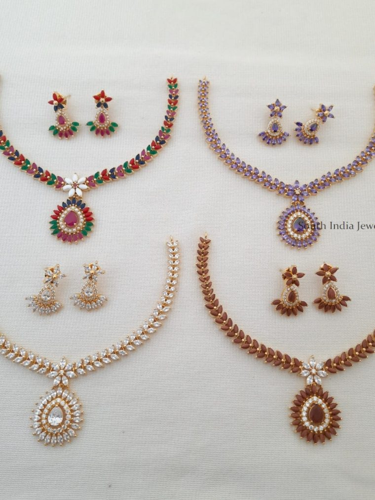 Grand Gold Tone Necklace Set