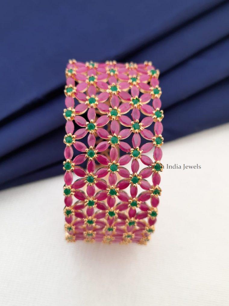 Stunning Flower Design Bracelet (2)