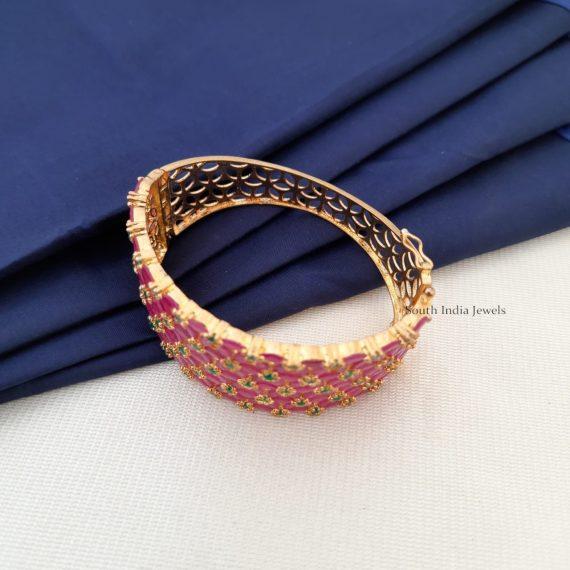 Stunning Flower Design Bracelet