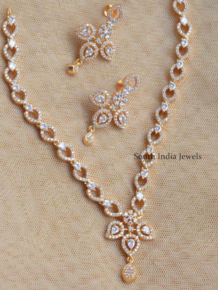 Traditional AD Stone Necklace