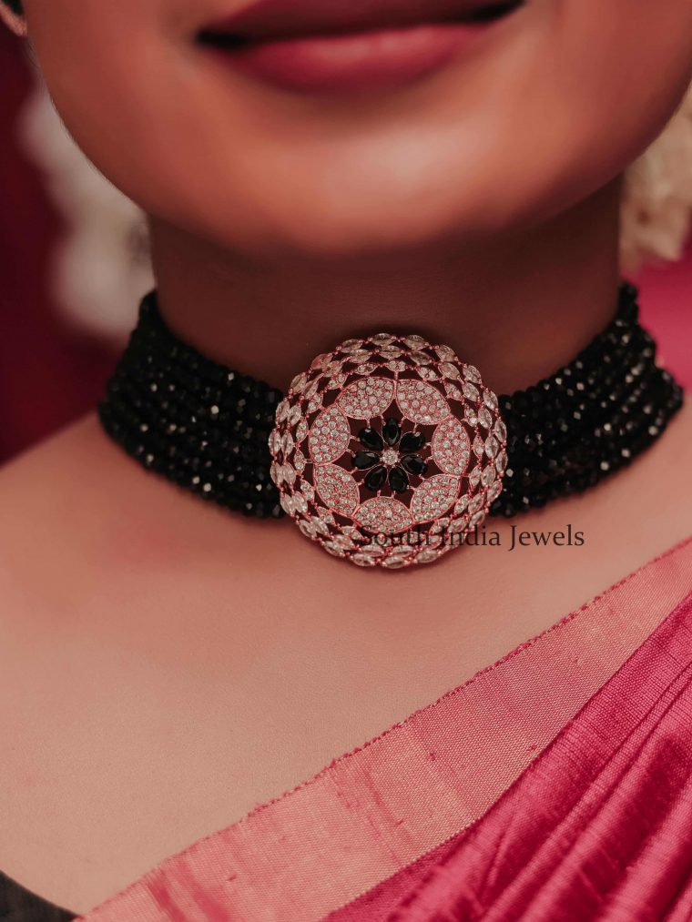Traditional Black Beads Choker