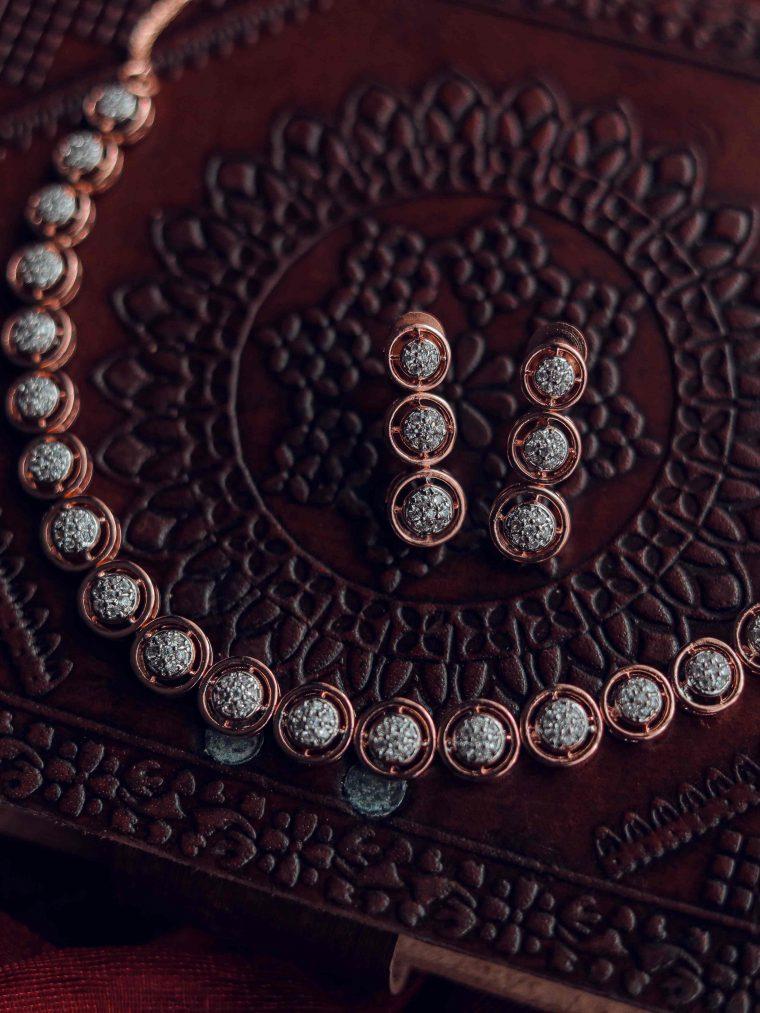 Trendy Eternal Circles Design Necklace
