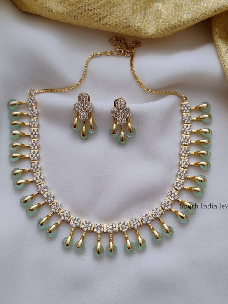 Trendy Pale Green AD Stone Necklace (2)