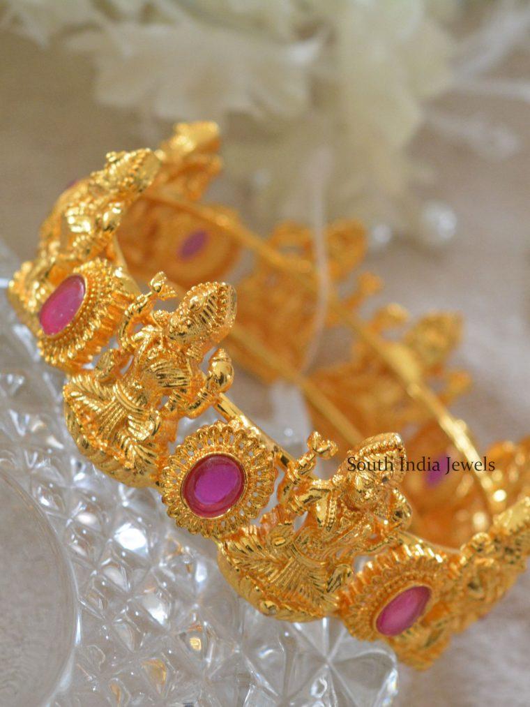 Astonish Gold Finish Lakshmi Bangles