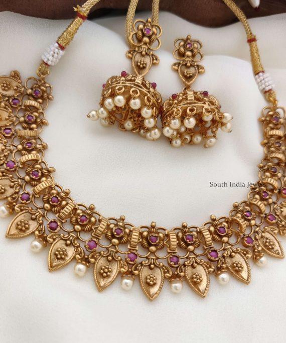 Elegant Flower Design Antique Necklace (3)