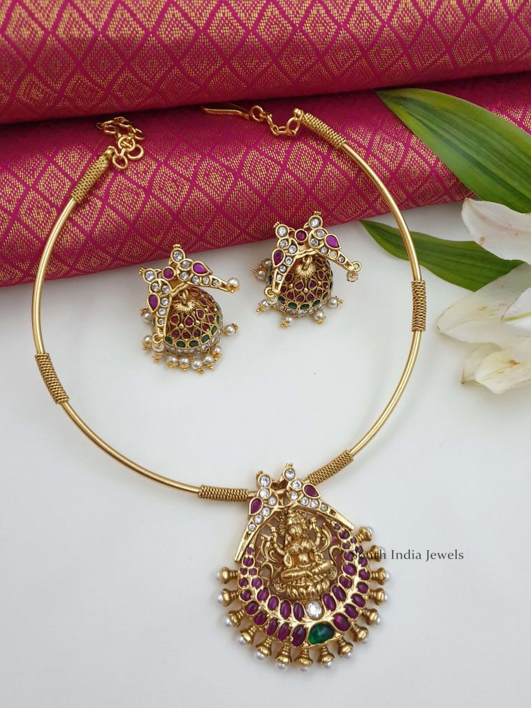 Elegant Lakshmi Kante Necklace