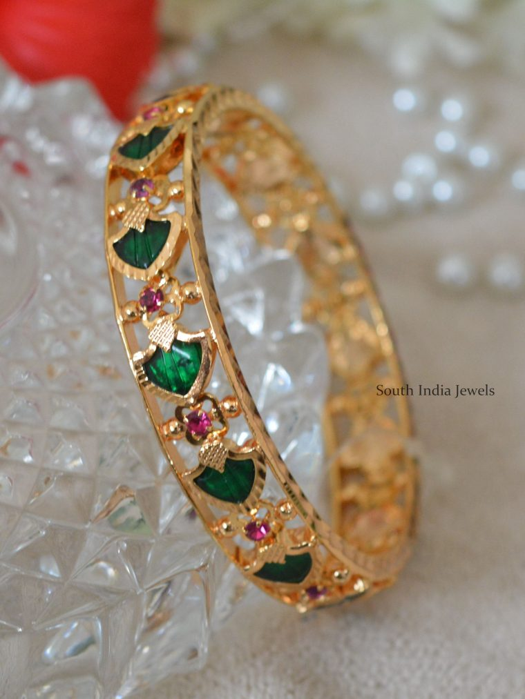 Gold Polish Palakka Stones Bangles