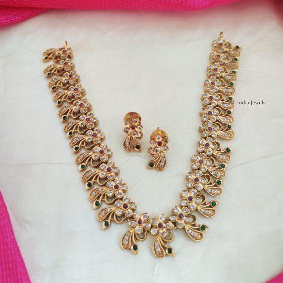 Gorgeous Floral Design Necklace (2)