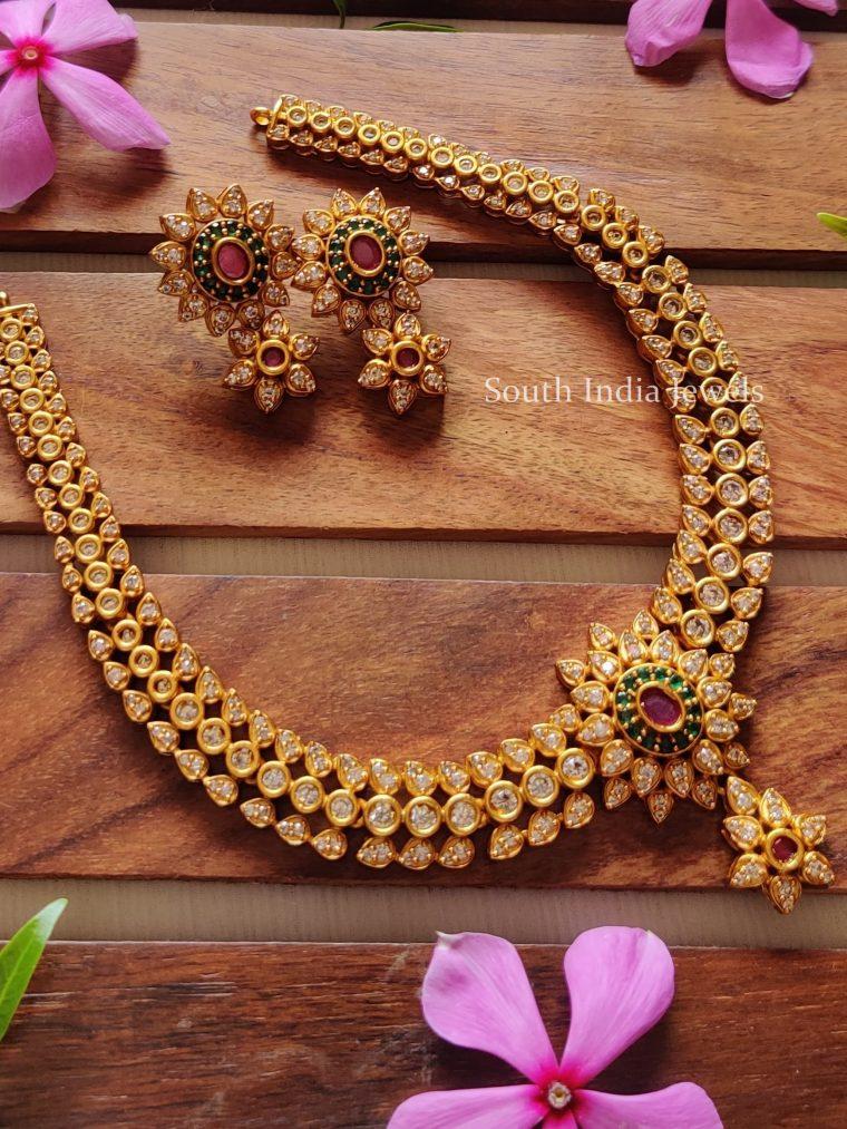 Graceful Stone Necklace Set