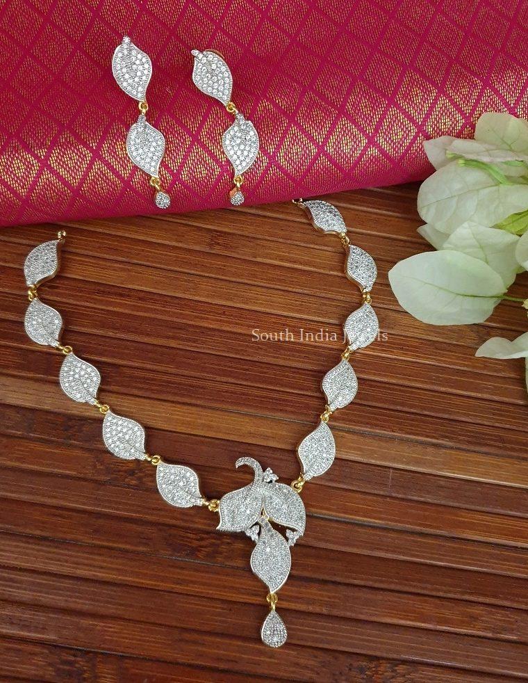 Leaf Design GJ Stone Necklace