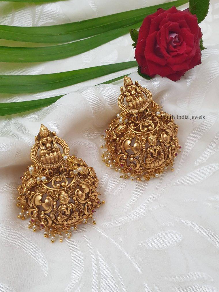 Alluring Traditional Lakshmi Jhumkas (3)