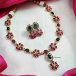 Beautiful Flower Sequence Necklace (2)